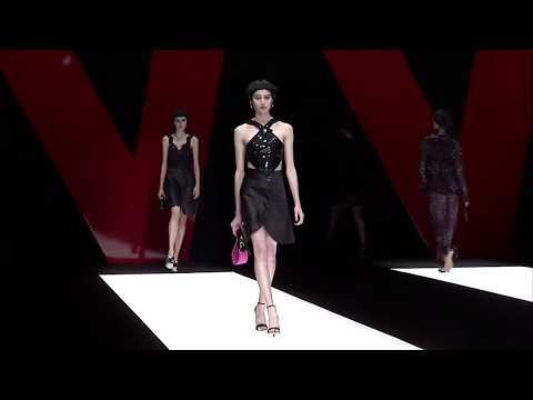 Giorgio Armani Spring Summer 2018 Women's Fashion Show