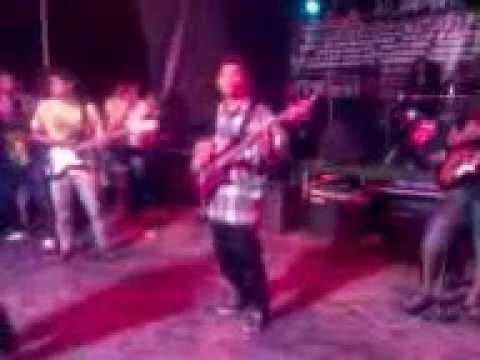 Akar Kelapa - gett upp stand up narogong thn baru 2013