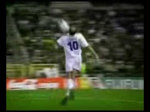 Zizou Zinedine Zidane بصوت عصام الشوالي 0