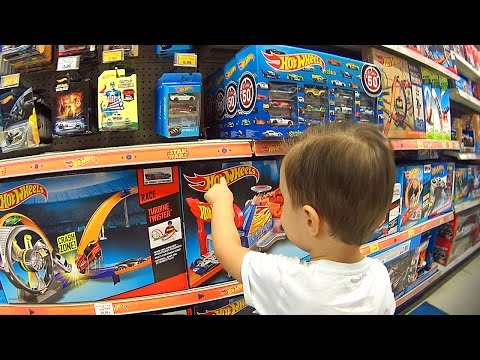 🚗 Comprando Brinquedos da Hot Wheels na Loja de Brinquedos Toys R Us 🎁