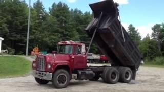 Mack R 688 ST Dump Truck Tipper Truck 10 Wheel Tyre