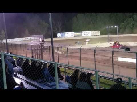 Wingless sprints at Accord 6/9/17