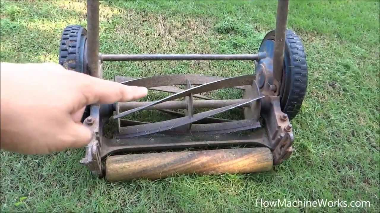 cutting grass machine