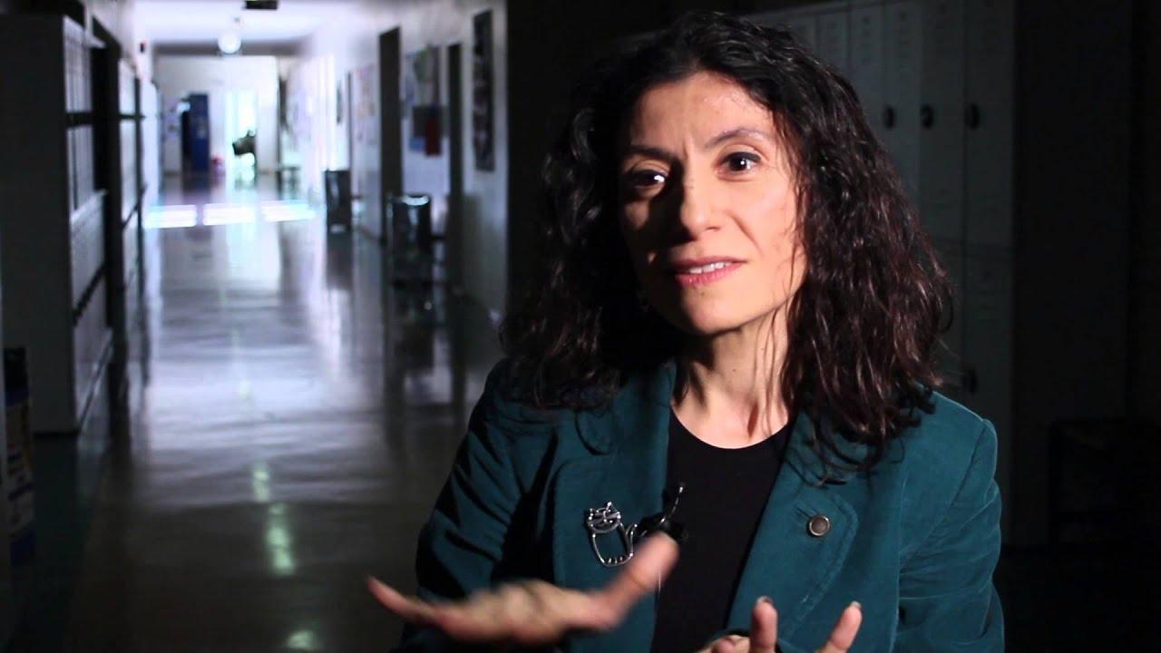 """TÜSİAD """"Ne Okusam? Ne Olsam?"""" Projesi - Meltem Ceylan Alibeyoğlu (Öğretmen)"""