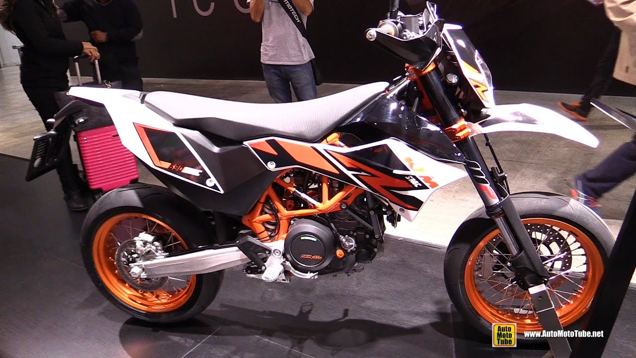2017 ktm 690 smc r walkaround 2016 eicma milan youtube. Black Bedroom Furniture Sets. Home Design Ideas