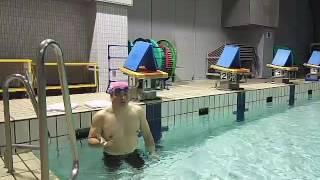 「混雑したプールで実施できる」スプリント力をUPする背もたれキック説明 thumbnail