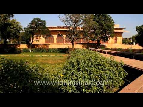 Deeg Palace Gardens