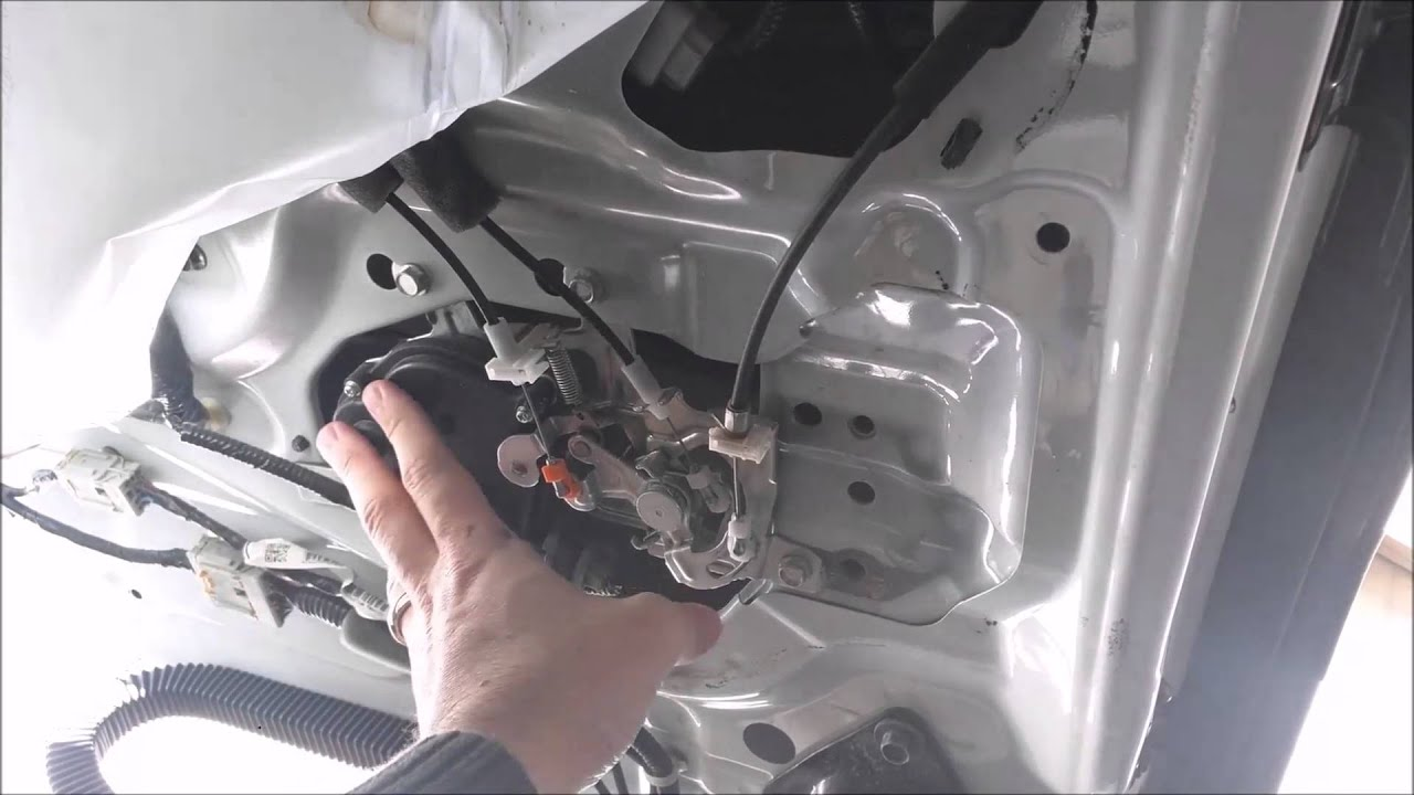 2007 Honda Odyssey Door Latch Actuator Youtube