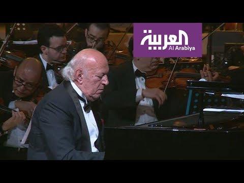 عشاق الموسيقى توافدوا إلى طنطورة لحضور حفل الموسيقار عمر خيرت  - 08:53-2019 / 1 / 12