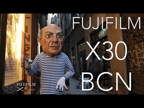 Fujifilm X30 Straight Out The Camera Stills Series in Barcelona, Spain!
