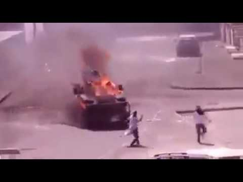 Palestinian People With Fire Bomb Vs Israeli Army [Who's Win]