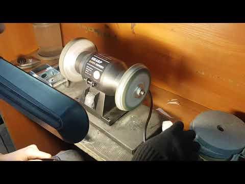 Полировка на станке для заточки ножей на полировальном диске Sharp Knife Expert
