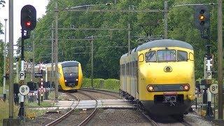 Spoorwegovergang Borne // Dutch railroad crossing