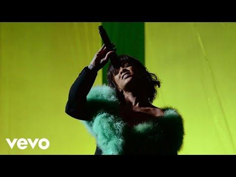 Rihanna - Love On The Brain | Mix (Live at...