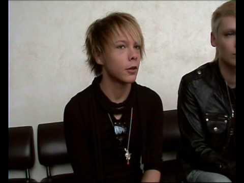 Interview with Kiro & Shin (ex-Cinema Bizarre) in Saint-Petersburg