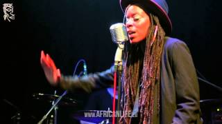 Akua Naru & The Digflow Band, 13.03.2015, Café Leopold, Video 1