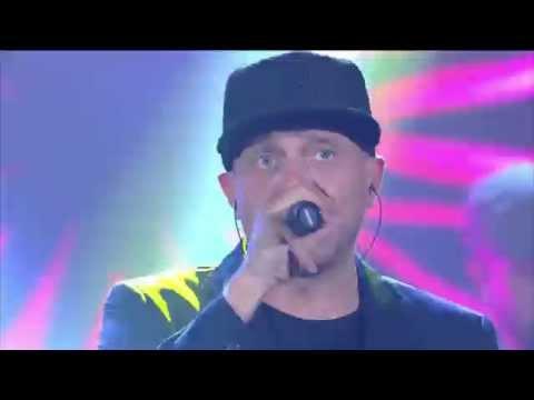 Max Pezzali : Hanno ucciso l'Uomo Ragno Live ( Radio Italia 2/10/15 )