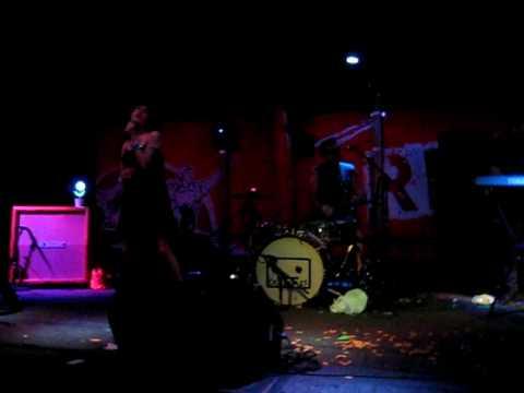 Cassingles - I want Fun, I want Funyuns!!!!  July 7th 2010 Red 7.AVI