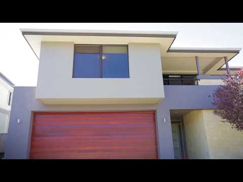 The Hardingham Team proudly presents: 11 Calabria Way, Stirling