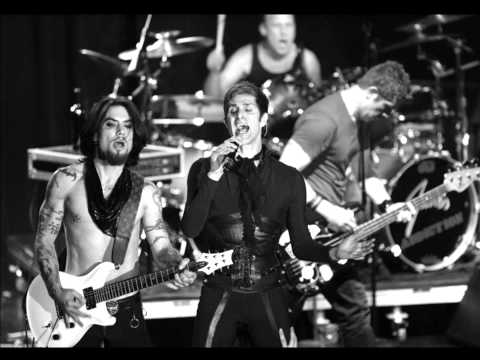 Jane's Addiction - Superhero  (entourage theme song)