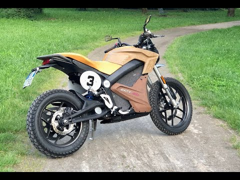 My first time riding an electric motorcycle - Zero DS