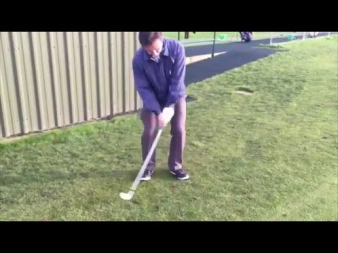 Golf Swing Basics – Chipping Golf Tips