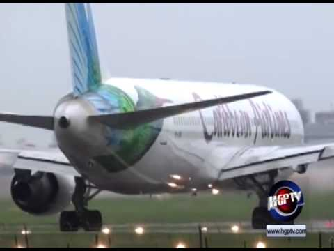 JAMAICAN PILOTS THREATEN STRIKE ACTION