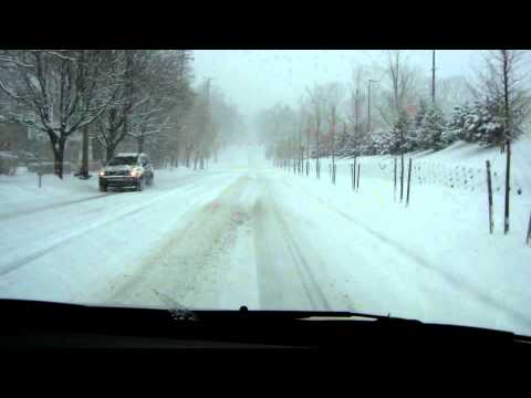 Sunday Morning Drive in East Grand Rapids Snow