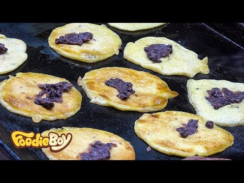 Millet Pancake / Korean Street Food / Kkangtong Market, Busan Korea