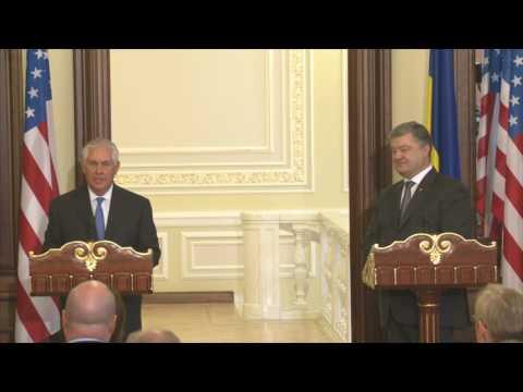 Remarks With Ukrainian President Petro Poroshenko At a Joint Press Availability