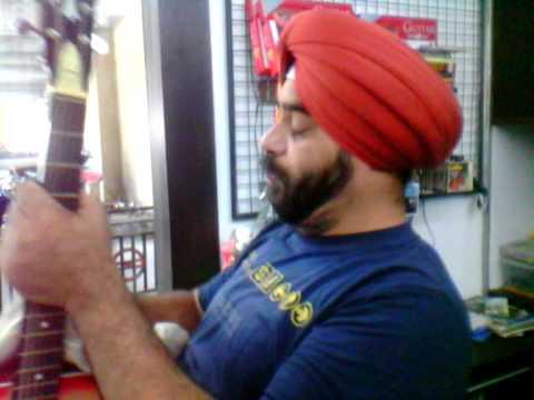 indian Guitars Latest Shop delhi metro  station.MP4 sanghera jatt