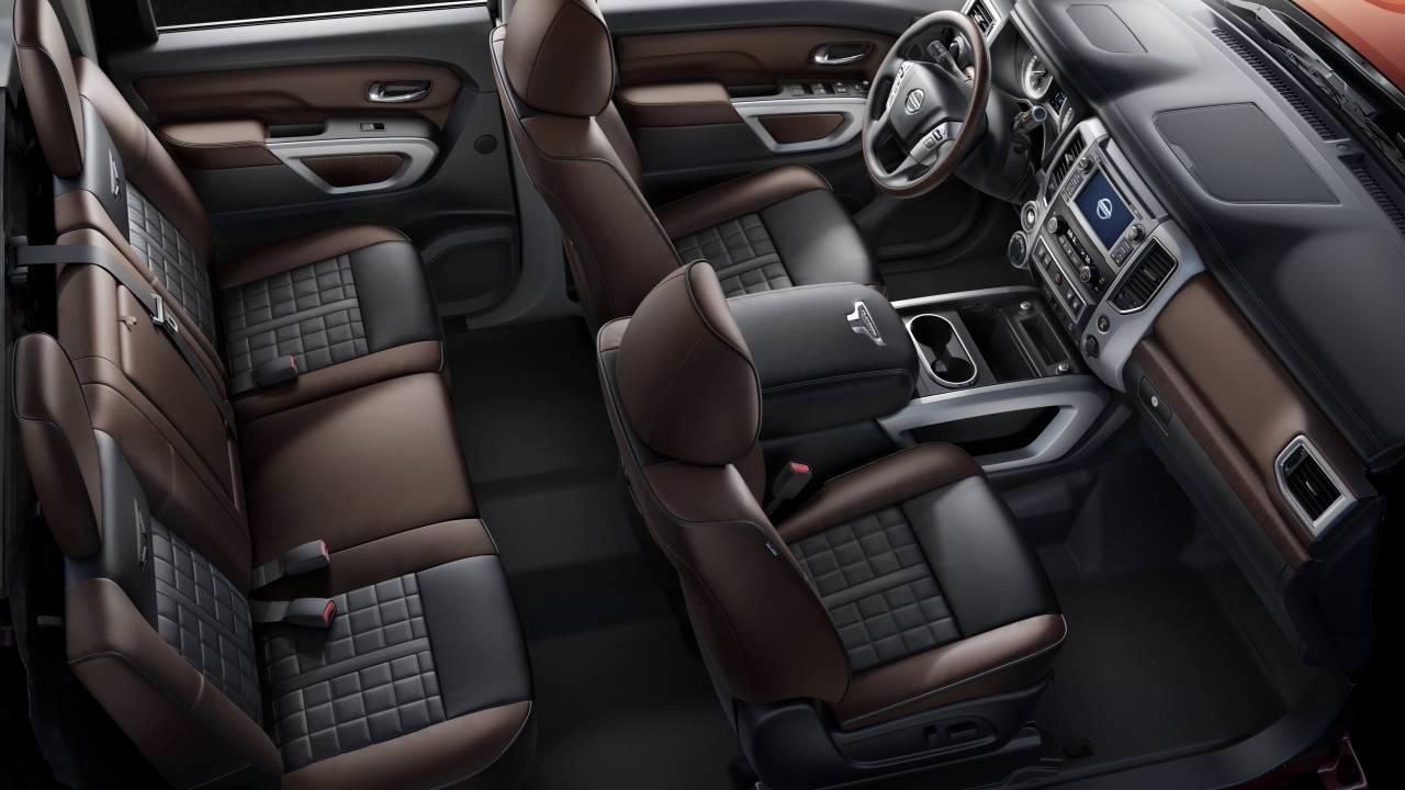 2017 Nissan An Interior Storage
