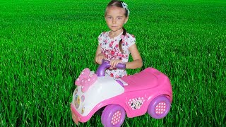 Элина и новые игрушки от Микки мауса и Юли Видео для детей про игрушки