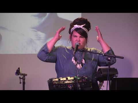נטע ברזילי שרה  אהבת פועלי בניין  - רימון בית ספר למוזיקה