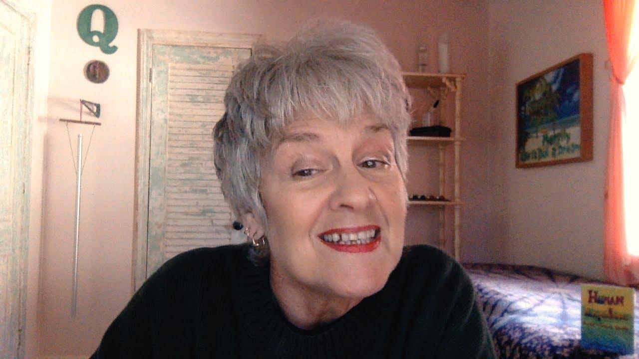 Lady Melody reads Farenheit 451-episode 2