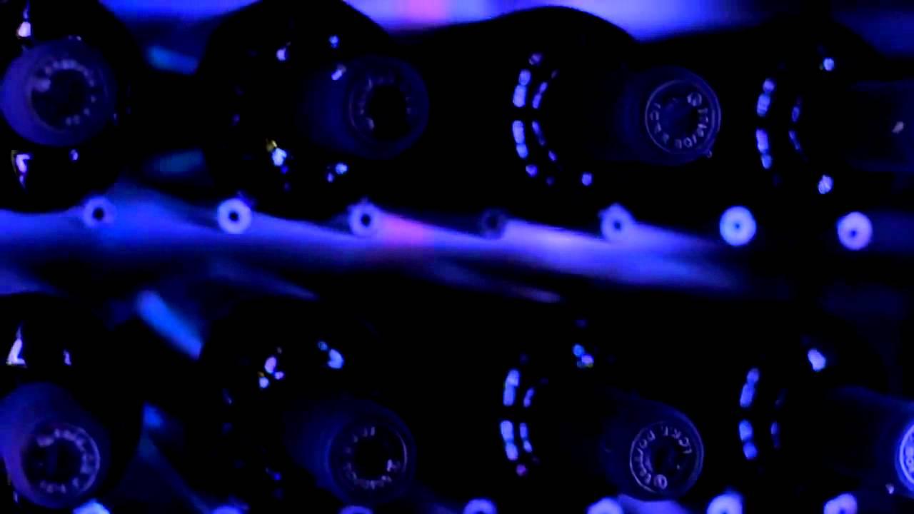 promoshop cave vin vitr e pour 120 bouteilles youtube. Black Bedroom Furniture Sets. Home Design Ideas