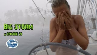 Big Storm - fighting for Tavarua (The Sailing Family) Ep.29