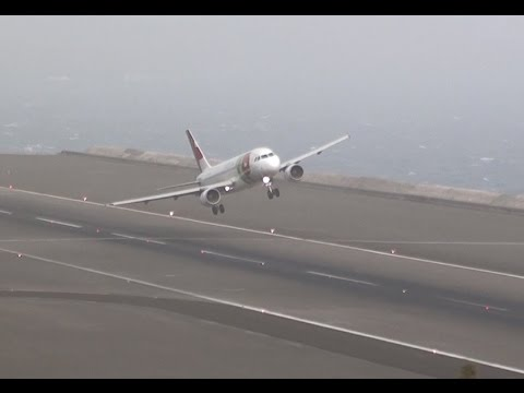 STORMY Winds 45Kts Extreme Landings Crazy Go Arounds || Madeira