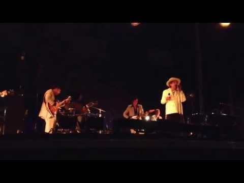Bob Dylan - She Belongs To Me (Live in Memphis 2013)