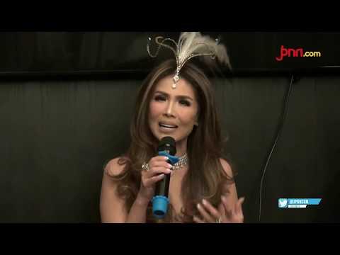 Debut Crazy Rich Ibu Kota, Helena Lim di Dunia Tarik Suara