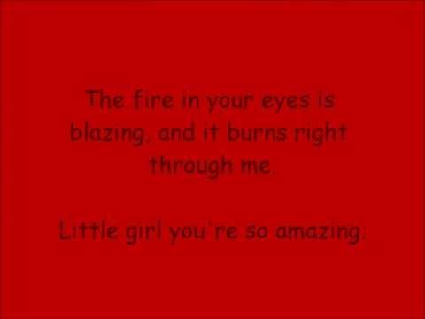 Sit Still (Acoustic) Brightwood Lyrics