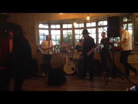Love Music Entertainment - The Glen Parish Band - I Feel Good