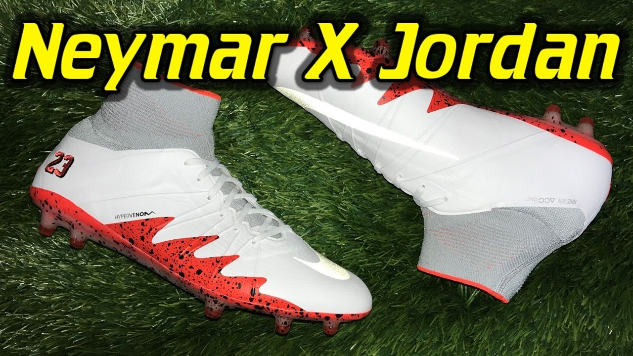 herir Objetor billetera  Neymar X Jordan Nike Hypervenom Phantom 2 (White/Black/Light Crimson) -  Review + On Feet - YouTube