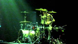 Travis Barker - Bombs Over Baghdad (Outkast Cover) LIVE @ Gramercy Theatre NYC