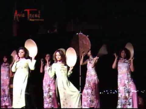 VASA Mid Autumn Moon Festival (Tet Trung Thu) 2009 - VASA Girl Dance
