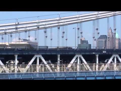 Police Capture White Flag Atop Brooklyn Bridge