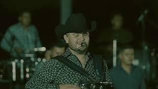 Calibre 50 - Javier El De Los Llanos / Don Arturo (En Vivo)