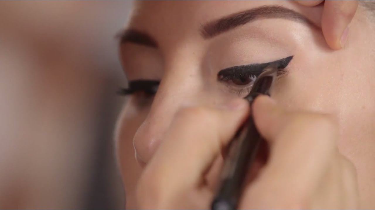 Winged out wow eyeliner tutorial with theyre real liner by benefit winged out wow eyeliner tutorial with theyre real liner by benefit cosmetics sephora youtube baditri Image collections