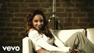 Repeat youtube video Tinashe Official - Vulnerable - An Introduction to TINASHE ft. Travi$ Scott