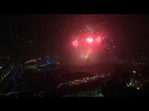 6-min fireworks Marina Bay countdown 2018